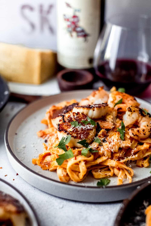 seafood pasta with arrabiata sauce dialaskitchen